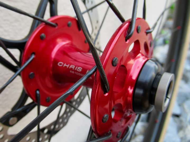 Front hub converted to thru-axle.